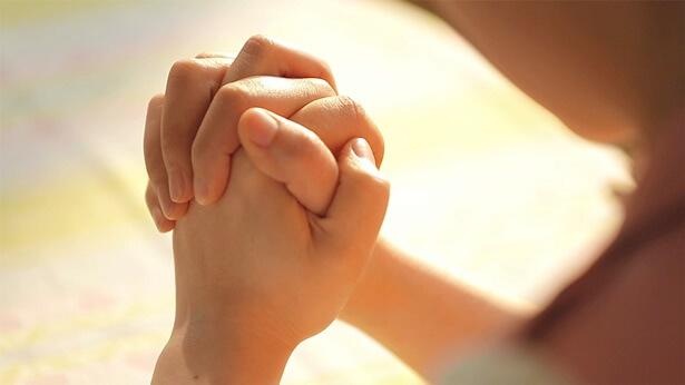 Najskuteczniejsza modlitwa – Moja córka na progu śmierci modliłam się do Boga i byłam świadkiem cudu